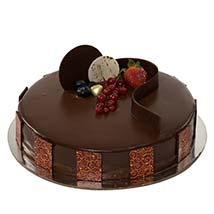 500gm Chocolate Truffle: Send Birthday Cakes to UAE