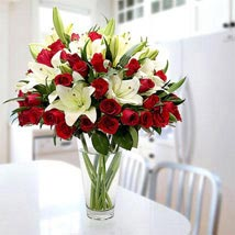 Blooming Love: Same Day Flower Arrangements in Dubai UAE