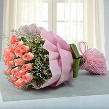 Bouquet for Celebration: Birthday Flower Bouquets to UAE
