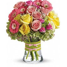 Bright n Shine: Flower Arrangements to UAE