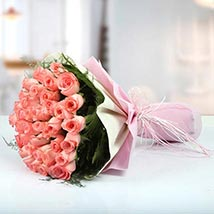 Bunch of Affection: Valentines Day Flowers UAE
