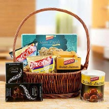 Charming Hamper of Love: Eid Gifts to Dubai