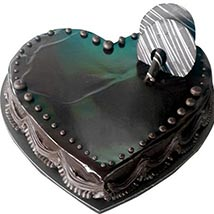 Chocolate Truffle Heartshape cake: Send Cakes to Fujairah