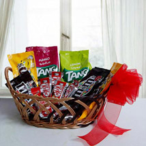 Color Ur Day With Her: Gift Hampers to UAE