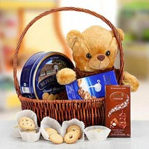 Cuddly Wishes: Chocolates for Eid UAE