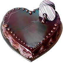 Heartshape Chocolate Truffle: Cake Delivery in UAE