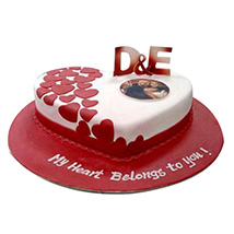 Little Hearts Cake: Send Personalised Gifts to UAE