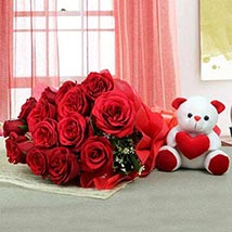 Lovable Combo For U: Valentines Day Flowers UAE