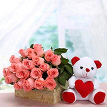 Perfect Fantasy: Valentines Day Flowers UAE