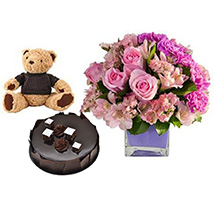 Perfect Trio: Flower and Cake Delivery in UAE