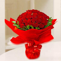 Red Rosy: Birthday Bouquets for UAE