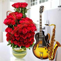 Romantic Say it with a song: Same Day Flower Arrangements in Dubai UAE