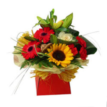 Expression of Elegance: Send Flowers to UK