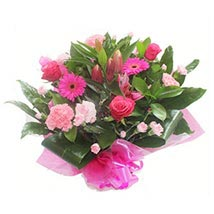 Pink Roses and Carnations: Anniversary Flowers to UK