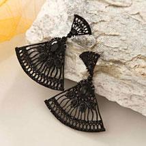 Black Fan Earring: Send Jewellery to USA