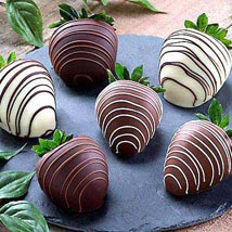 Dipped Chocolate Strawberries: Send Gifts for Her to USA