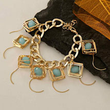 Golden Chain Bracelet: Send Gifts to Plano