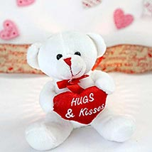 Hugs N Kisses Teddy Bear: Valentines Day Gifts Charlotte