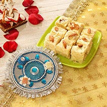 Soan Papdi Bhai Dooj Treat: Send Bhai Dooj Gifts to USA